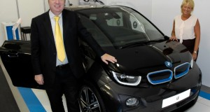 UK Transport Minister Checks Out BMW i3